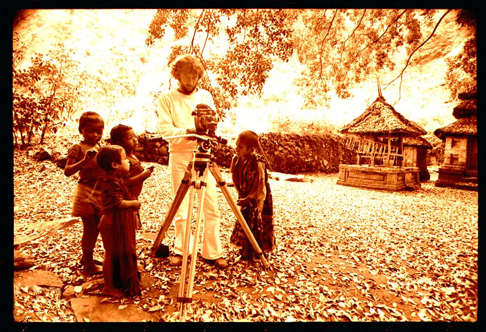 AF-filming-MOTE-Bali-'71